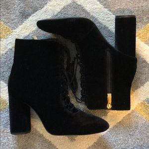 Zara Black velour lace up booties, size 38